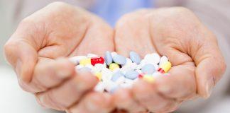 seniors managing medication