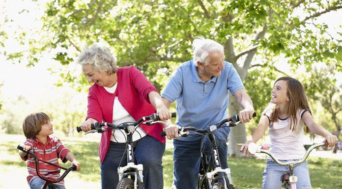 Seniors Lifestyle Magazine Talks to Senior Fun with Grandchildren