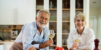 Seniors Lifestyle Magazine Talks To 7 Things To Avoid For Better Mouth Health