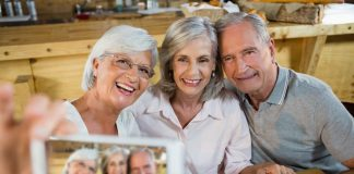 Seniors Lifestyle Magazine Talks To Retirees Have More Fun!