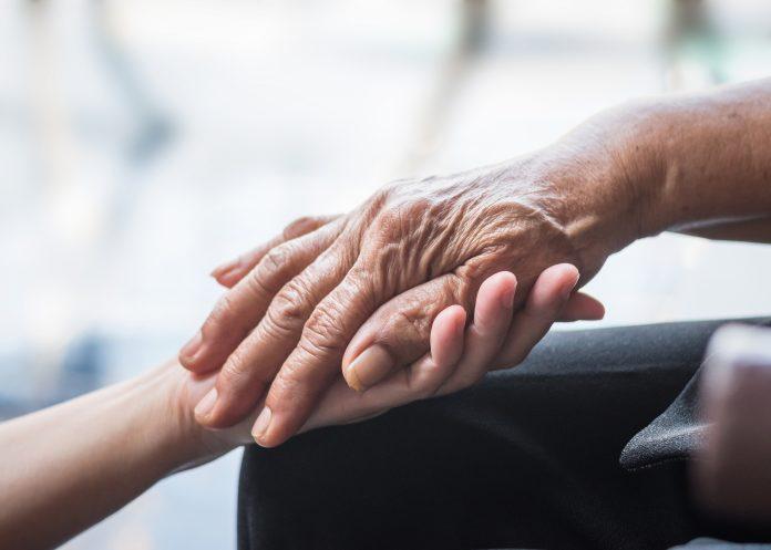 Seniors Lifestyle Magazine Talks To Build A Bond With Your Caregiver