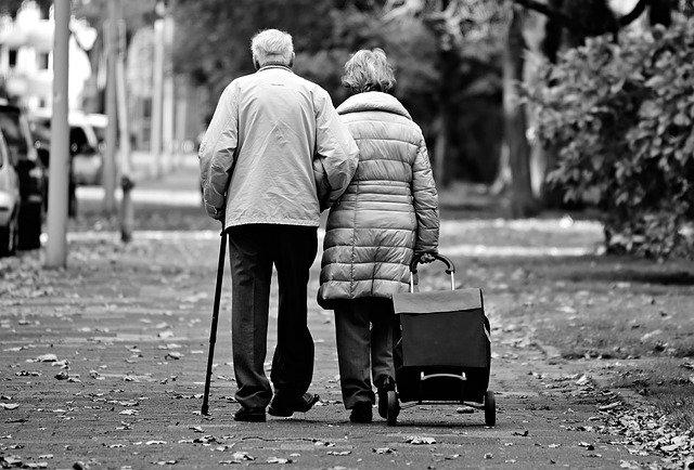 Seniors Lifestyle Magazine Talks To Unmasking Common Aging Myths