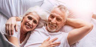 senior couple 4723737 1920