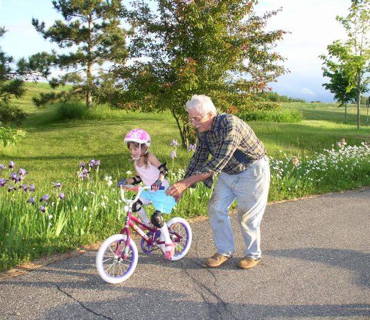 grandparents 2734513 1920