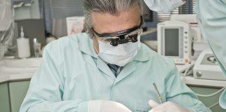 dentist 2530990 1920